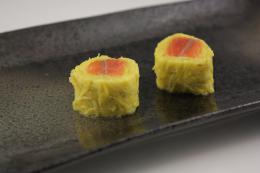 紅鮭菊花巻(細) 3本   【冷凍】